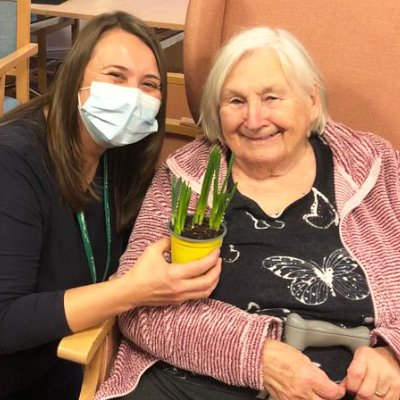 St Catherines Care Home receive daffodil gifts from staff